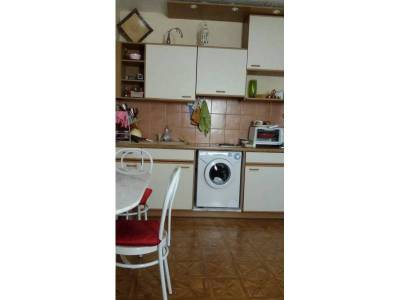 Location appartement meubl 1 pi ce 25m le camas 5 me for Meuble cuisine integree
