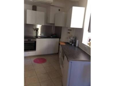 location appartement meubl 1 pi ce 25m p rier 8 me marseille ref 83204. Black Bedroom Furniture Sets. Home Design Ideas