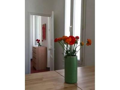 location appartement meubl 2 pi ces 35m les grands carmes 2 me marseille ref 81651. Black Bedroom Furniture Sets. Home Design Ideas