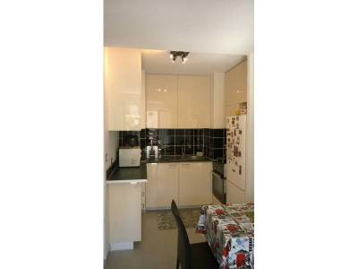 Location appartement meubl 2 pi ces 36m la capelette for Cuisines americaines marseille