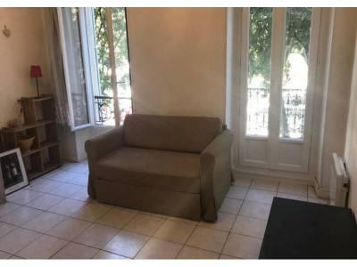 location appartement meubl 2 pi ces 40m la conception 5 me marseille ref 82551. Black Bedroom Furniture Sets. Home Design Ideas