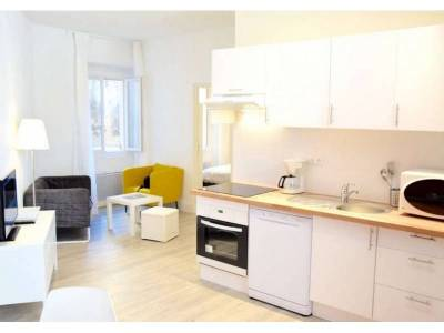 Location appartement meubl 3 pi ces 45m h tel de ville for Location appartement meuble a marseille