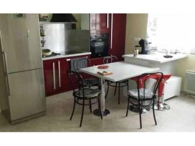 Vente appartement meubl 2 pi ces 45m saint antoine 15 me for Cuisine 8 metre carre