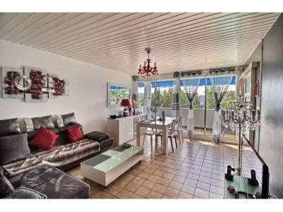 vente appartement meubl 4 pi ces 84m la pomme 11 me marseille ref 67010. Black Bedroom Furniture Sets. Home Design Ideas