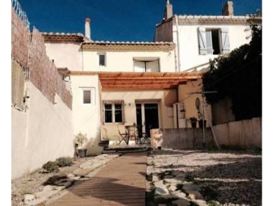Vente maison de village 4 pi ces 70m saint henri 16 me for Garage henri marseille