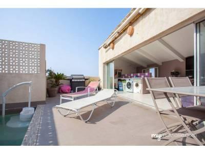 Vente maison de ville 5 pi ces 173m piscine endoume 7 me for Toit terrasse marseille vente